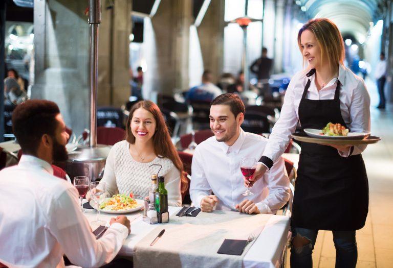 odhlučnenie reštaurácie